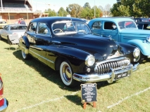 1948-Buick-Fisher-sedan-Phil-Smith