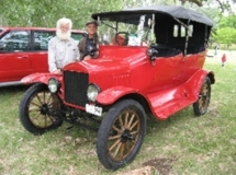 1917-Model-T-Ford-Tourer-Ollie-Walker-1