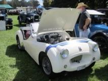 1954-Triumph-TR2-–-Graham-Bigg
