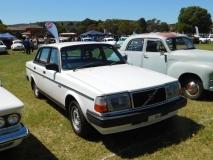1984-Volvo-240GLE-George-Beardsley